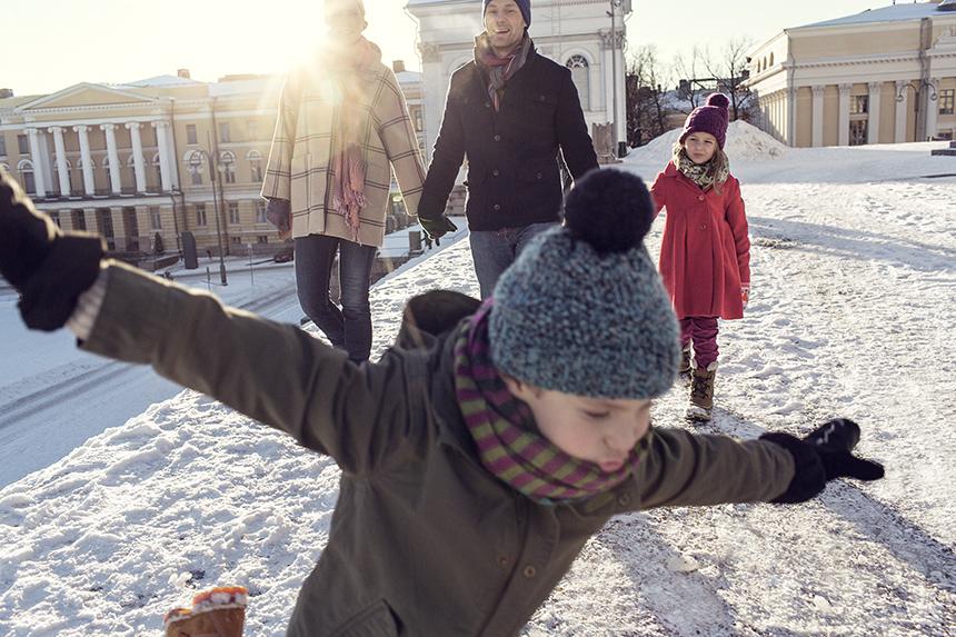 Family_winter_senatesquare_web.jpg